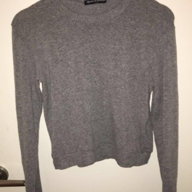 Grey basic sweater