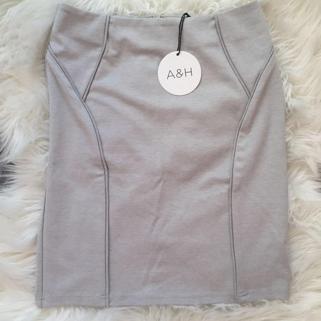 Grey Fitted Skirt - 8