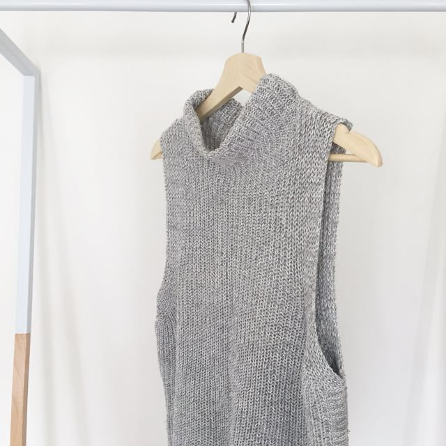 Grey Sleeveless Knit Top