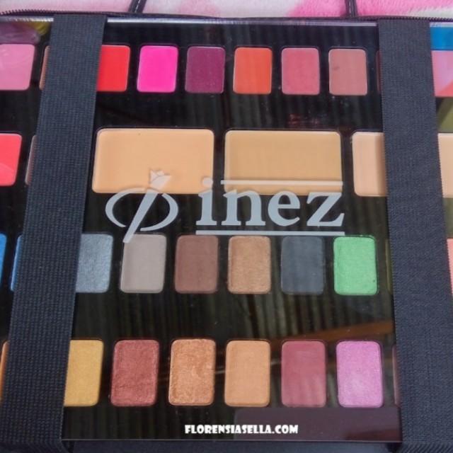 Ine, Cosmetics Luxury Pack