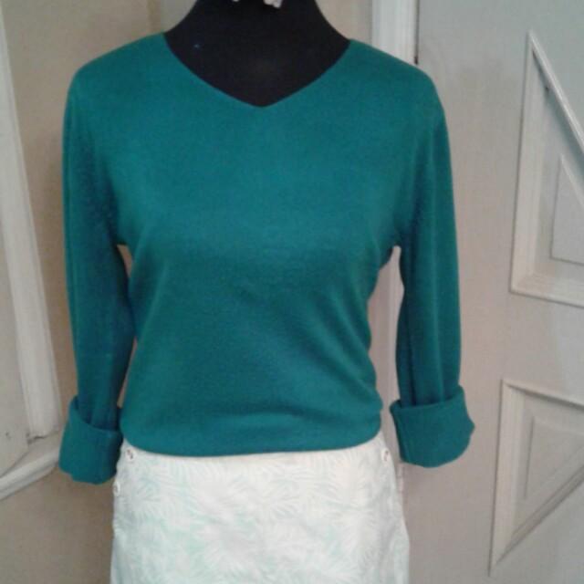 Just G mint skort & green pullover