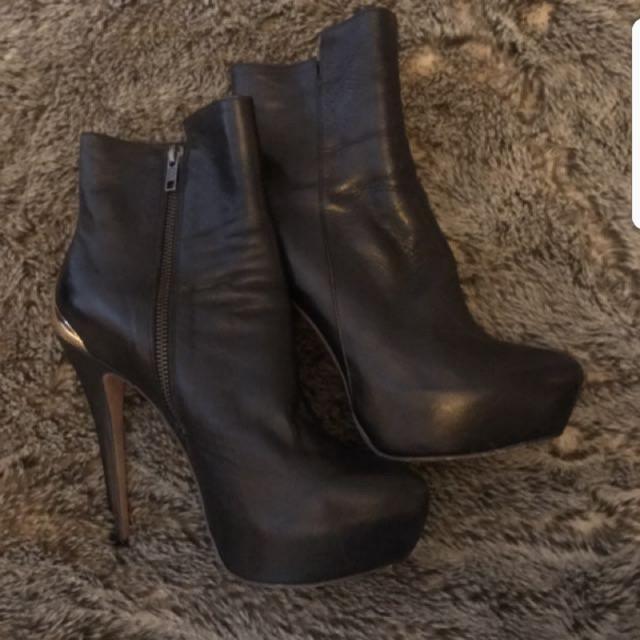 Kookai leather boots