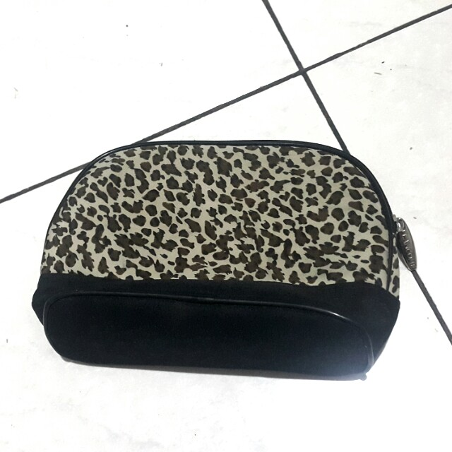 Lancome make up pouch (100rb 3)
