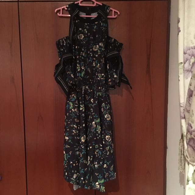 Lilypirates dress small