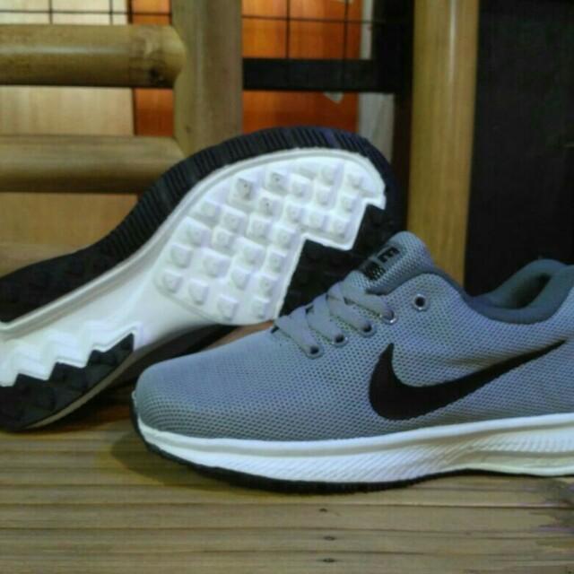Nike zoom running men