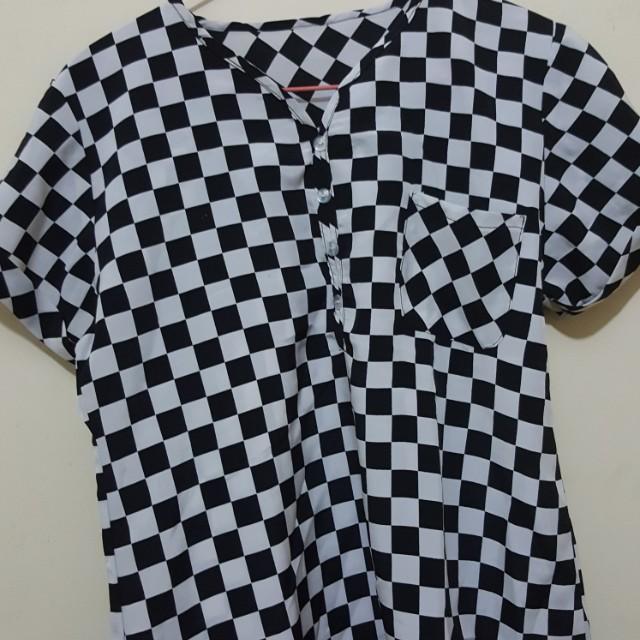 Pakaian Wanita Checkerboard Motives