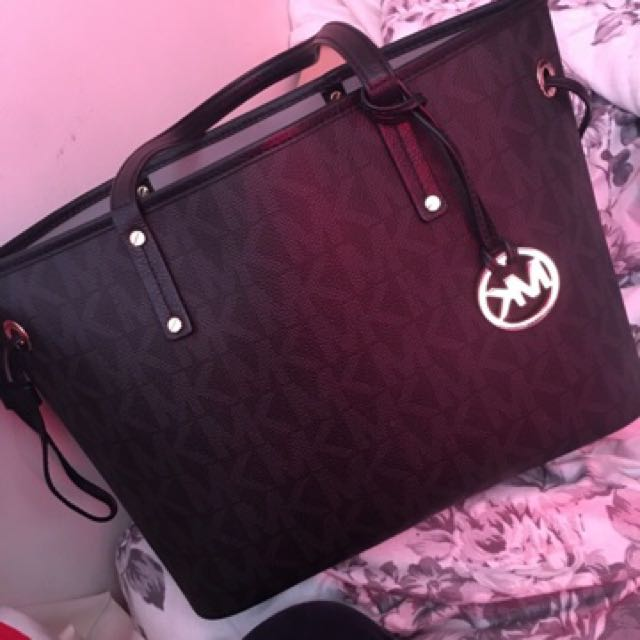 REAL MK PURSE