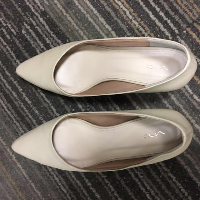 Sepatu VNC