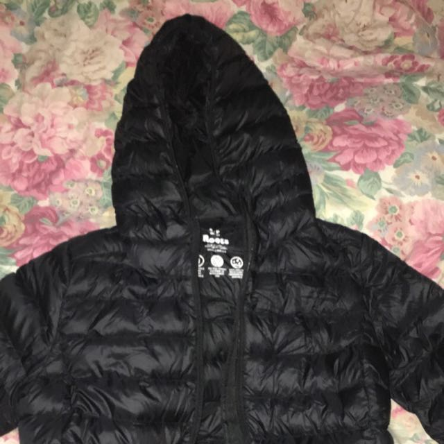 Size Small Black Roots Bubble Jacket