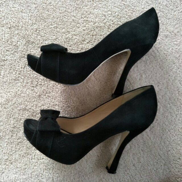 Wittner Black ribbon heels