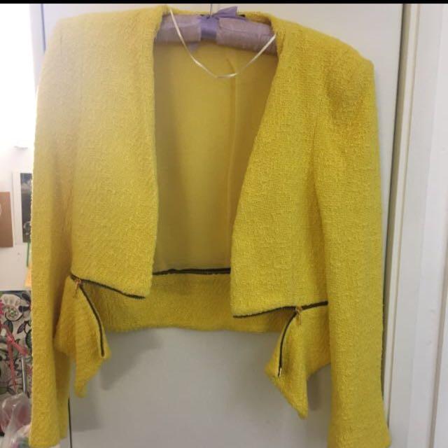 Zara like Chanel blazer yellow small