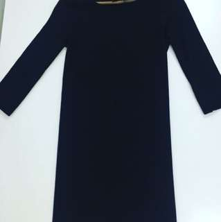 H&M BLACK DRESS SIZE Small to MEDIUM