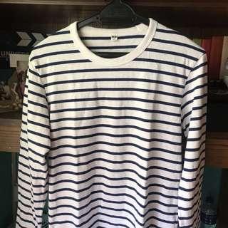 Uniqlo stripe tshirt