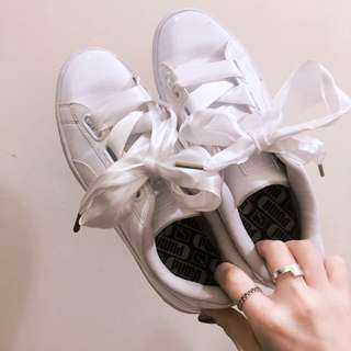 Puma緞帶鞋白色二手24.5