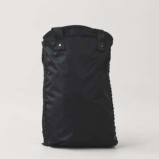 Lululemon expandable yoga bag