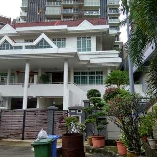 3 storey Semi detached house for rent at Upper Paya lebar D19