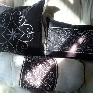 3 new throw (decorative) pillows