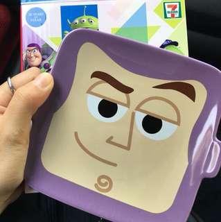 Pixar 7-11 巴斯碟