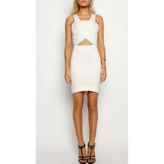 Maurie and Eve white dress