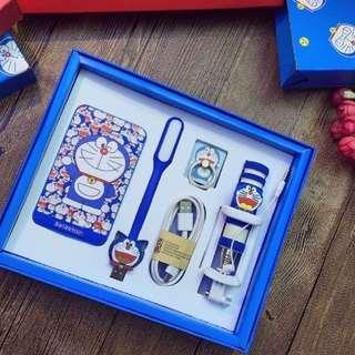 Doraemon PowerBank/ Power Bank 8800mAh / 5 pcs Gift Set