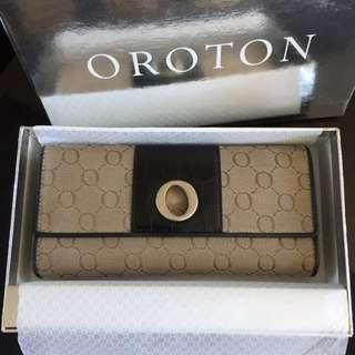 Oroton Signature Wallet Authentic
