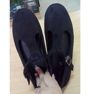 Iconninety9 shoes size 36