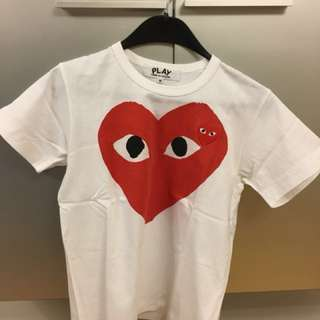 Comme Des Garçon PLAY T-Shirt - Female Size M, 女裝中碼