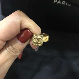 Chanel vintage ring