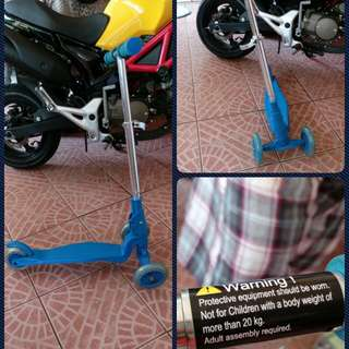 Used kid's scooter trolley wave board
