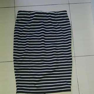 Stripe Bodycon Skirt Knee Length #MidNovember50