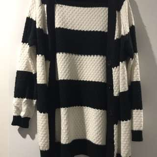 Black and white stripped knit