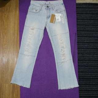 H&M distressed blue jeans straight mini flair