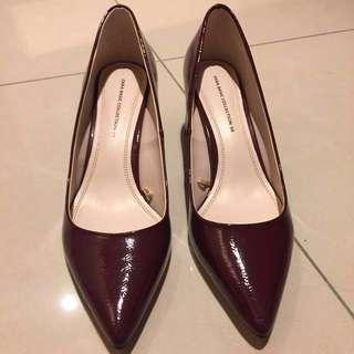 ZARA新款酒紅色漆皮高跟鞋(可議價)