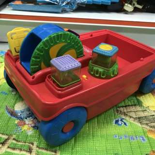 Fisher Price PEEK-a-Blocks 2-in-1 Activity Wagon
