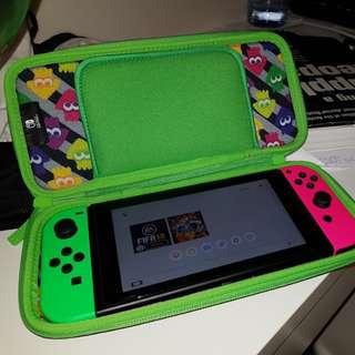 Nintendo Switch plus 4 Games