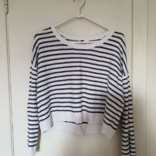 HM striped cropped sweater