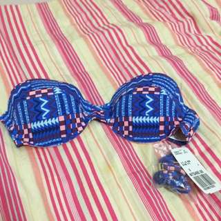 五折出清‼️Forever 21 民族風圖騰bikini top