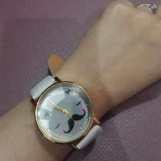Jam tangan lucu elegan strip putih