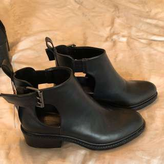 Black Zara Booties S: 7