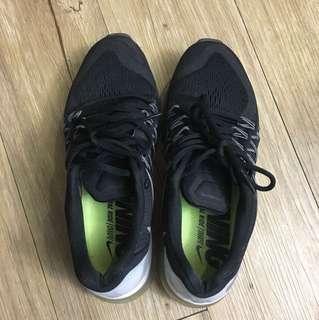Nike氣墊鞋