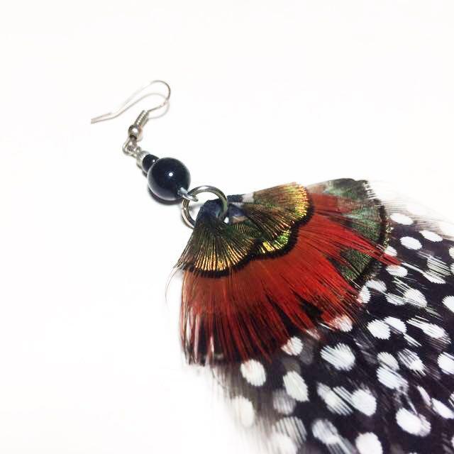 火雞羽毛單隻耳環