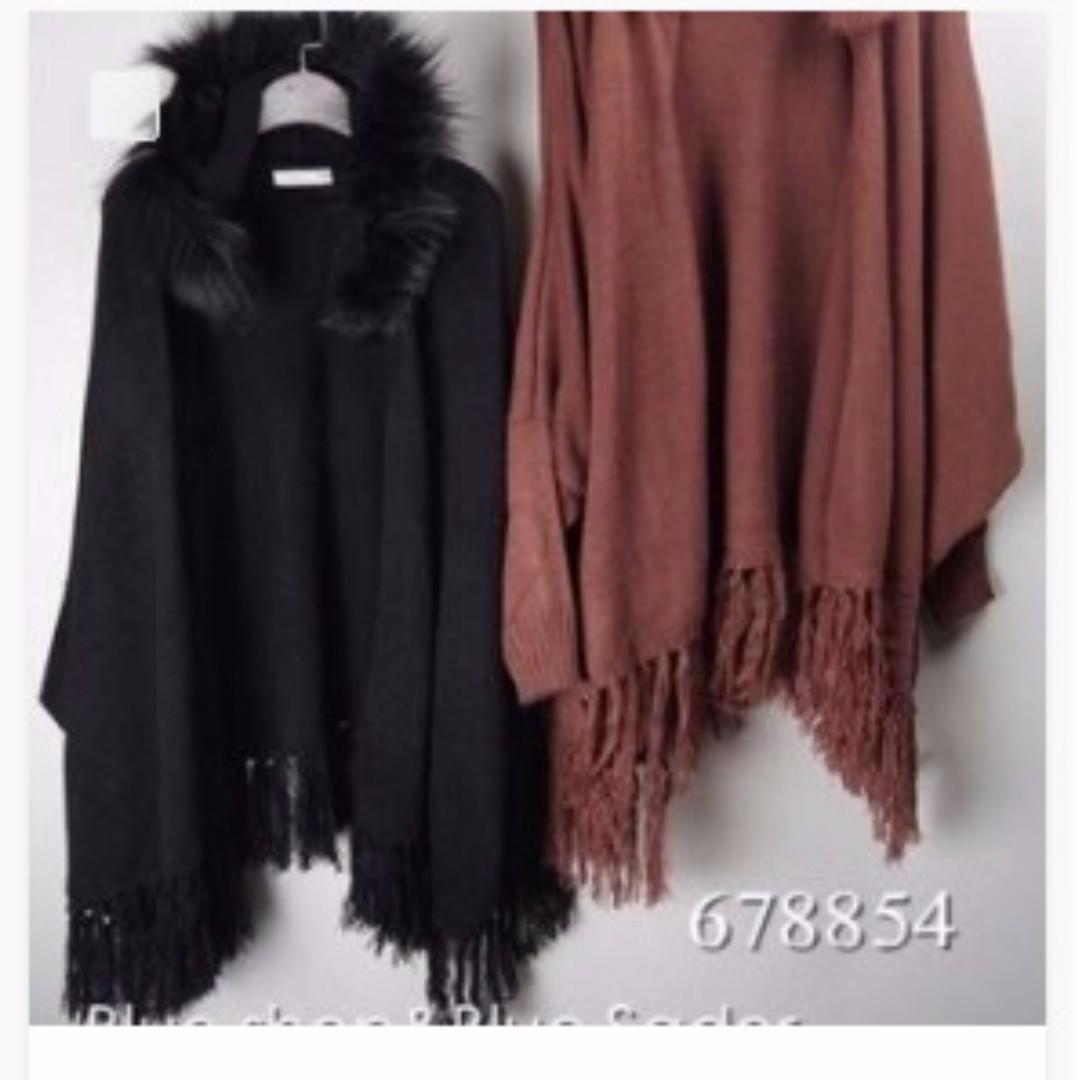 黑色 毛球 流蘇 斗篷 罩衫