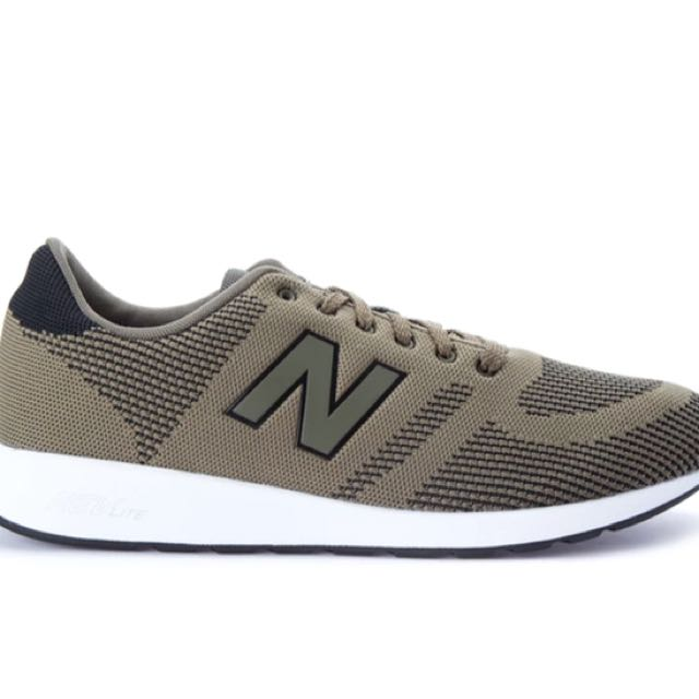 Authentic New Balance 70s Running 420 Sneakers