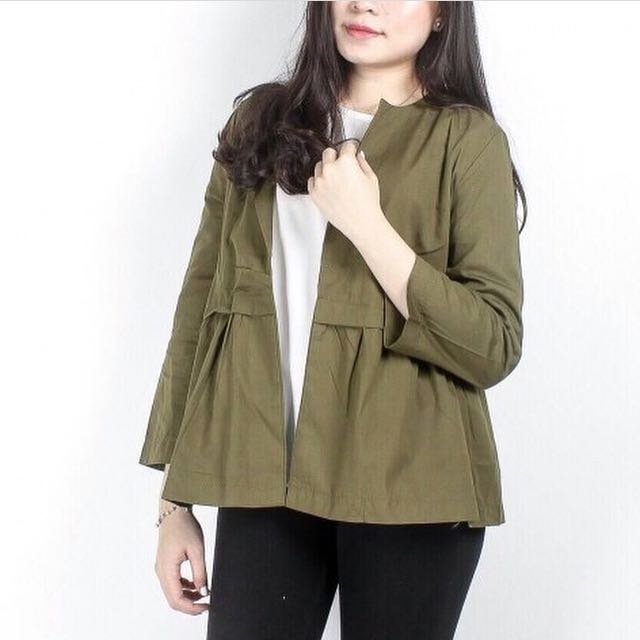 Colessa Outer