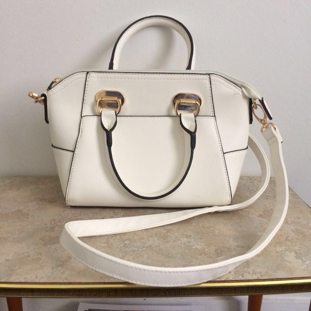 Colette Hayman white shoulder bag
