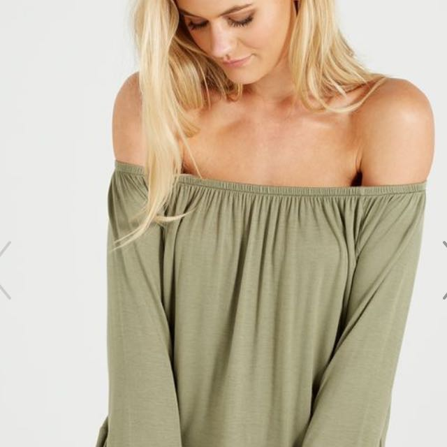 bce4958452fd9 Cotton on patrova off shoulder long sleeve top ( ARMY GREEN ...