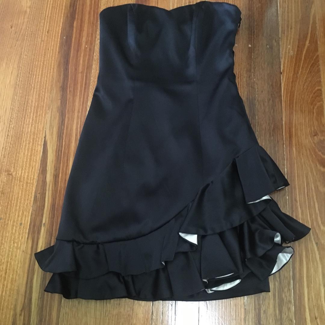 Events Black Ruffle Dress Size 6