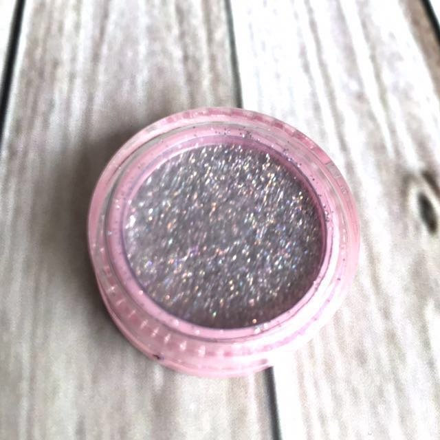 Halloween special 👻 Bling powder for makeup