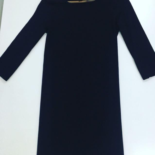 H&M BLACK DRESS SIZE Small to MEDIUM