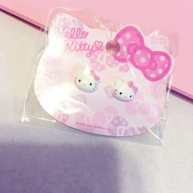 正版Kitty耳環